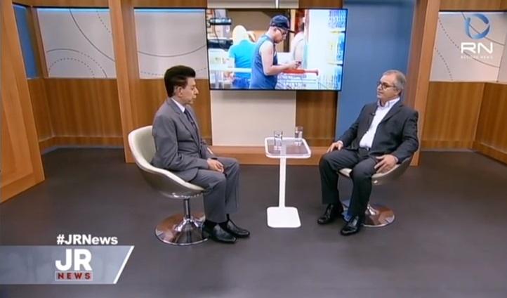 Record News  presidente da ABRAS fala sobre venda de medicamentos nos  supermercados d84a300b22627