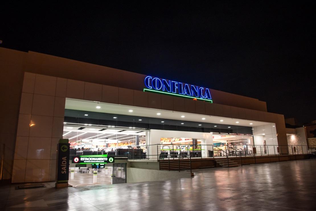 cd4a5a55f A rede Confiança Supermercados inaugurou, no último dia 23, a sua 12.ª  unidade em Bauru (SP), o Confiança Centro. Uma loja de 6,5 mil metros  quadrados de ...