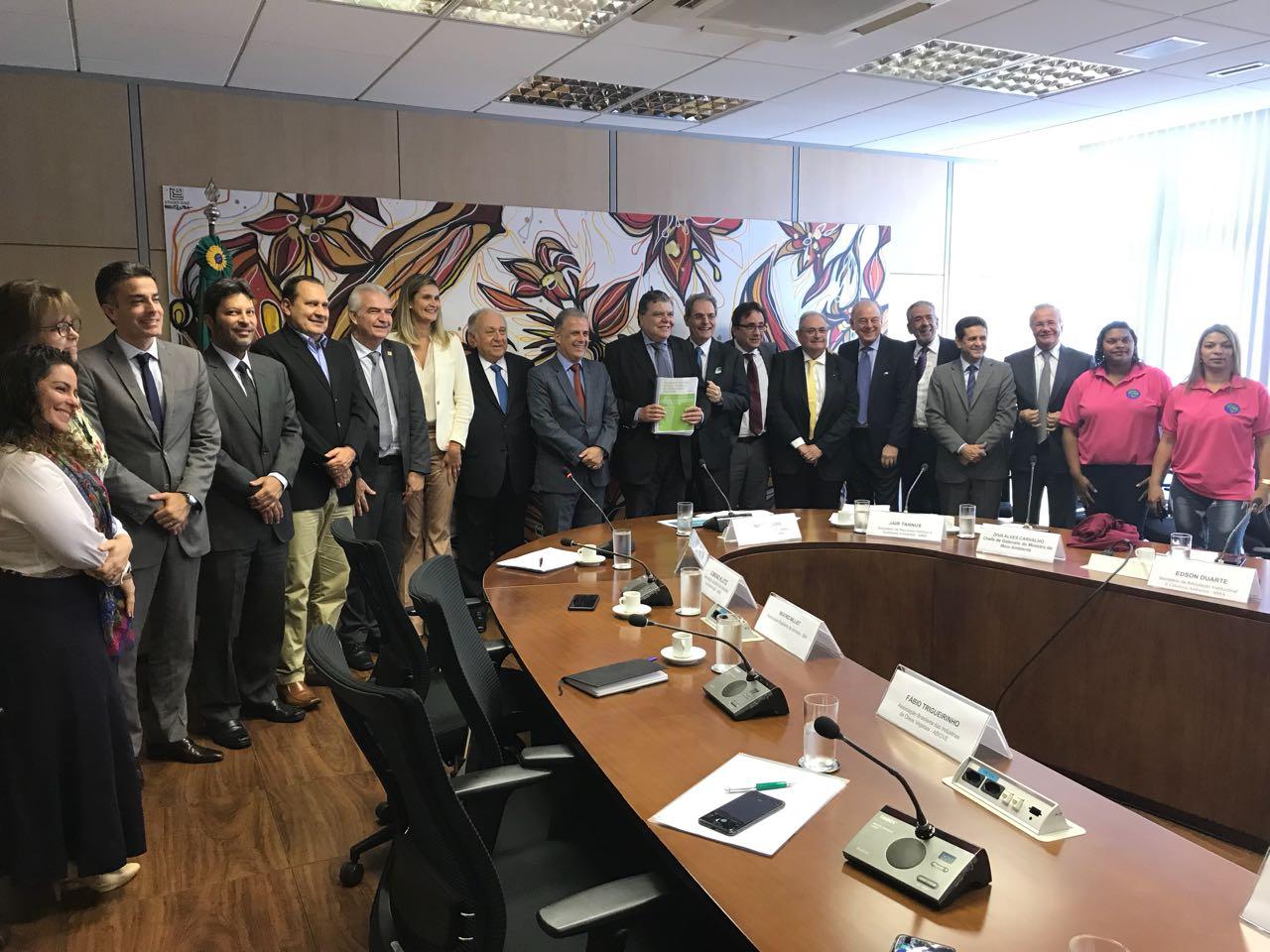 ABRAS participa de reunião com ministro do Meio Ambiente b35e3d1b8ee1f