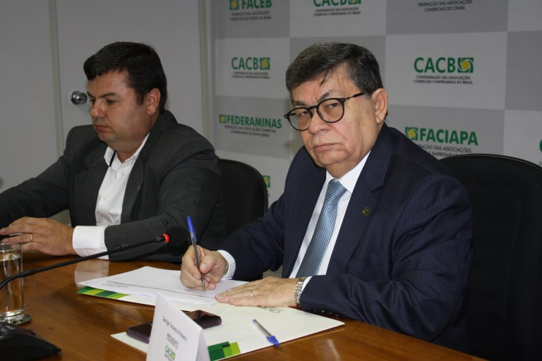 George Pinheiro é reeleito presidente da CACB... 4e2753019cbe2
